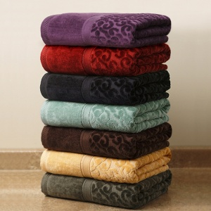 Beverly Glen Regency Damask Towel Collection