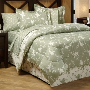 check it out with dawn bed in a bag sale at anna 39 s linen 1 day only. Black Bedroom Furniture Sets. Home Design Ideas